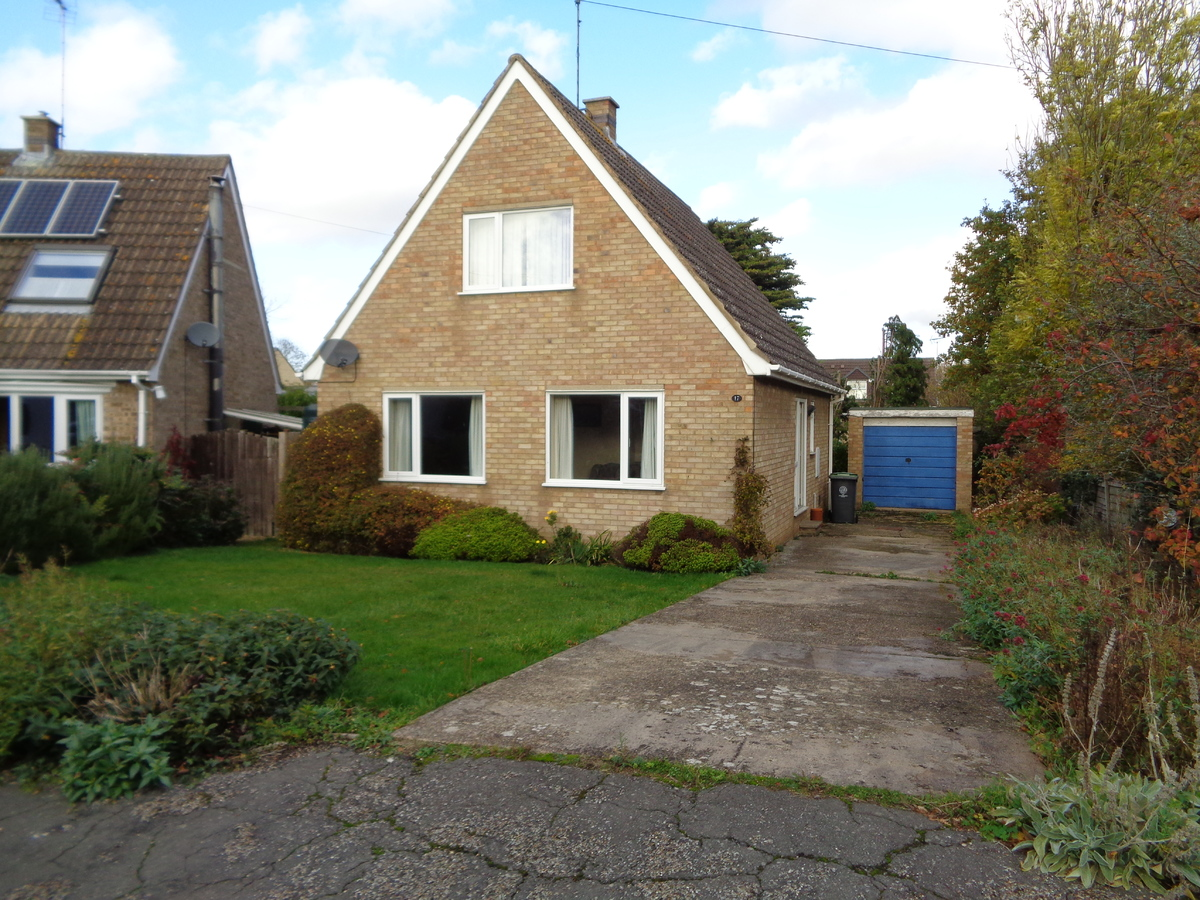 WARMINGTON       - SOLD SUBJECT TO CONTRACT