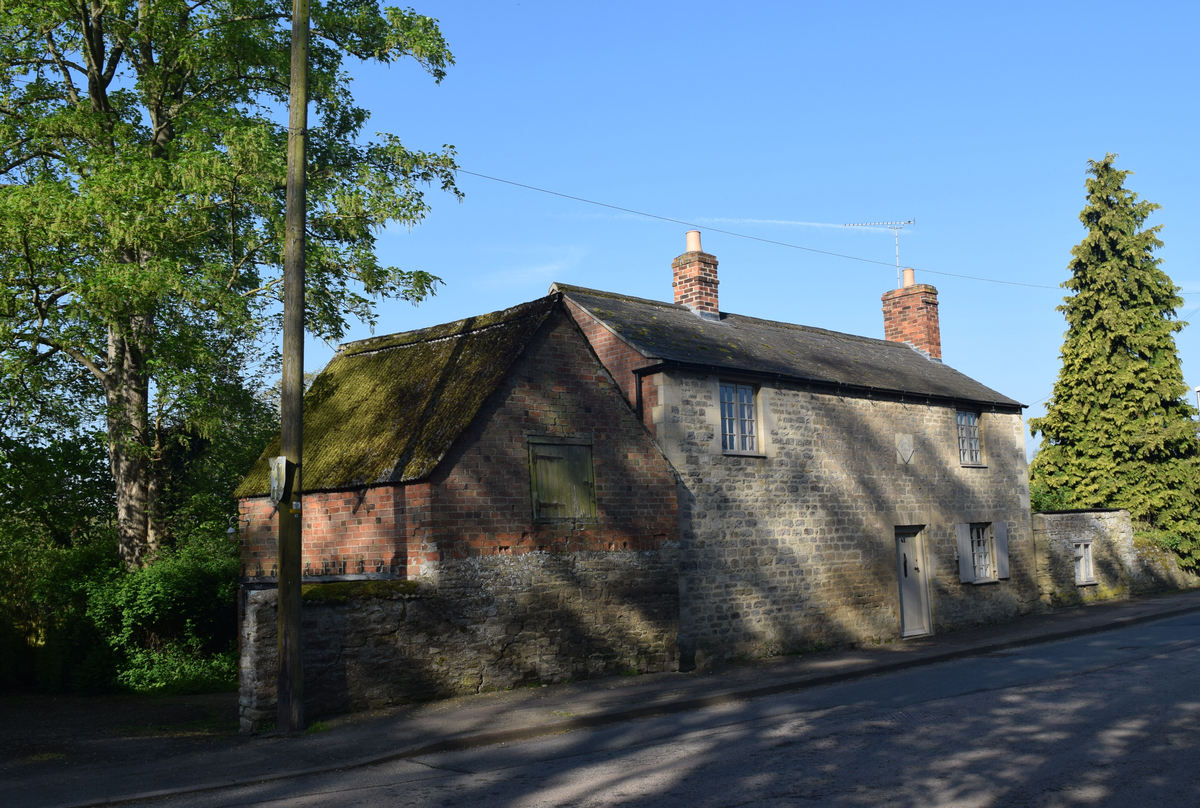 SOUTH ROAD, OUNDLE      SOLD