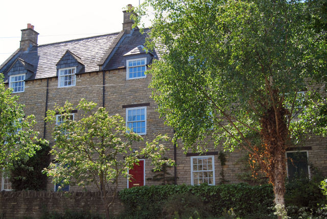OUNDLE   LET - More Needed Tenants Waiting