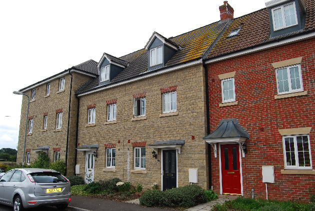 OUNDLE NEW - LET AGREED